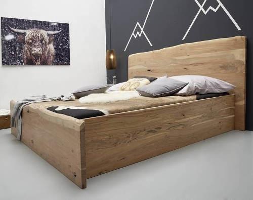 Bytelná manželská postel