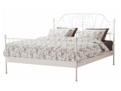 Elegantní kovová postel 140x200 BEHEMOTH