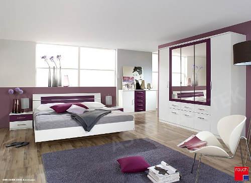 Moderní fialovo-bílá ložnice