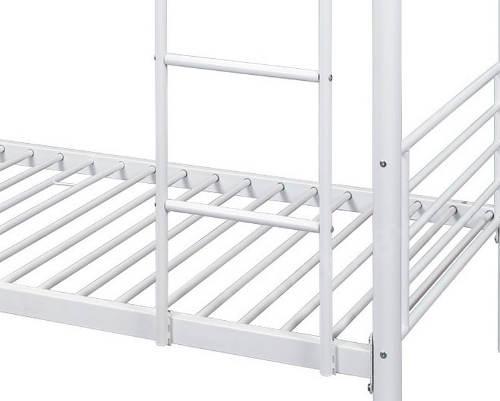 Poschoďová postel s velkou nosností