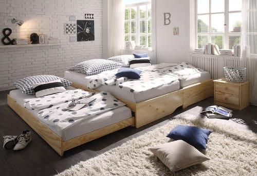 Rozkládací postel pro tři
