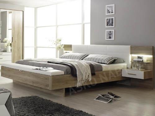 Designová postel s nočními stolky
