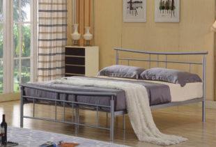 Kovová postel ve stříbrné barvě 160x200