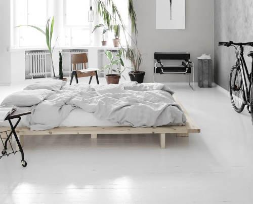 Minimalistická postel do moderních interiérů