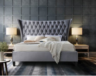 Manželská postel s luxusně prošívaným čelem
