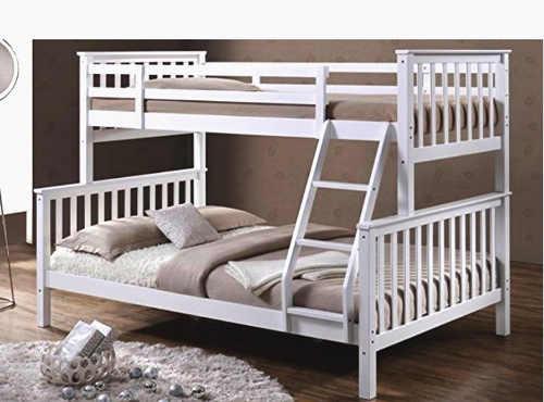Levná poschoďová postel pro tři děti