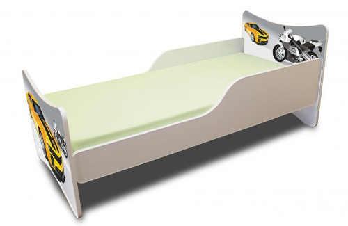 Klučičí postel s auty a motorkami