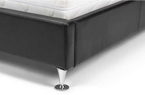 Nohy postele v chromovém lesku