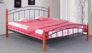 Elegantní kovová postel s dřevěnými nohami