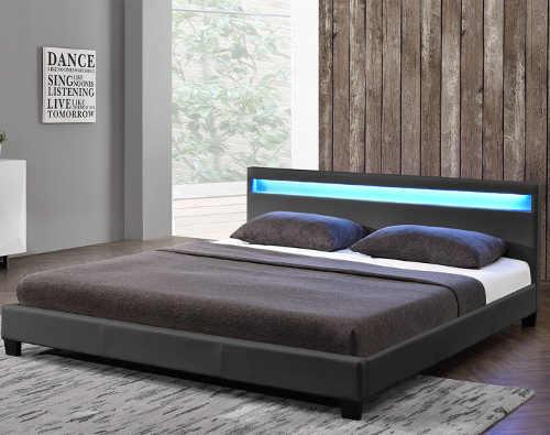 Nízká černá čalouněná postel s LED osvětlením 160 x 200 cm
