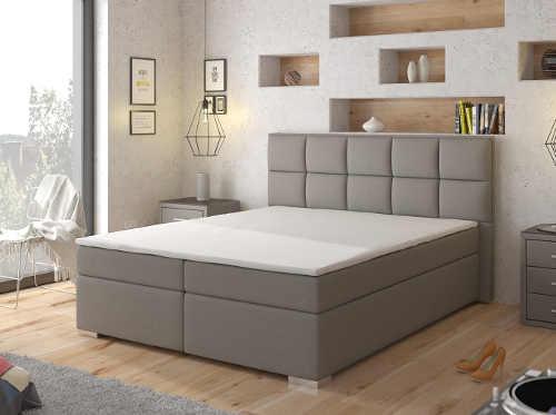 Vysoká pohodlná manželská postel s měkkým polstrovaným čelem