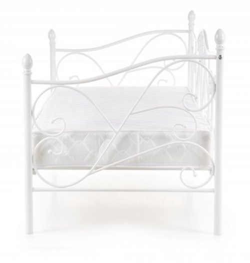 Bílá  kovová postel s ozdobným kováním