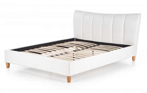 Bílá kožená dvoulůžková postel s lamelovým roštem