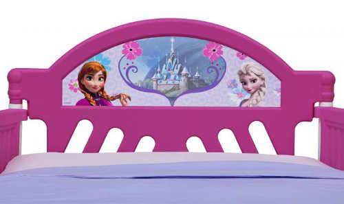 Holčičí postel s nádhernými obrázky Ledové království