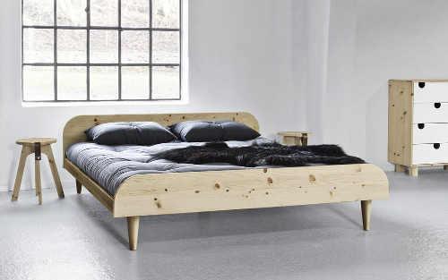 Nízká dvoulůžková postel japonský futonový styl
