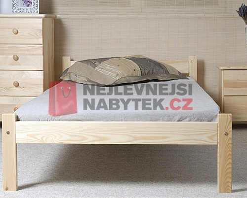 Dřevěná jednolůžková postel z borovice