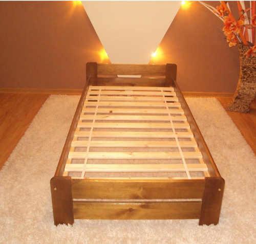 Dřevěná postel z borovice vyvýšená varianta