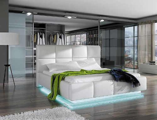Moderní manželská postel z bílé eko kůže