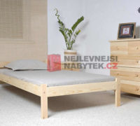 Stylová postel z masivu vhodná do každého interiéru