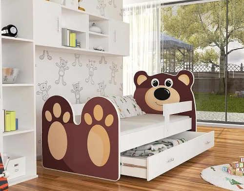 Dětská postel Medvídek s matrací a roštem pro holky i kluky