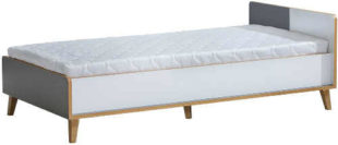 Jednolůžková postel v klasickém provedení vhodná do malého prostoru
