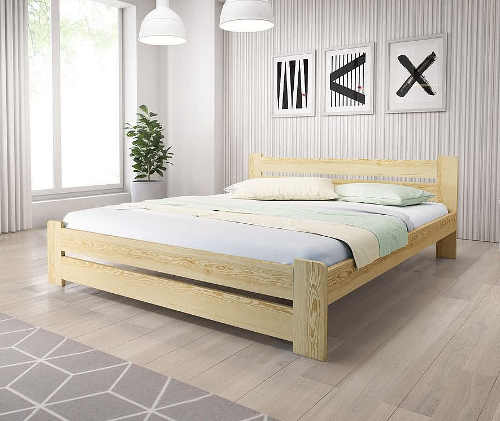 Manželská postel v přírodním designu