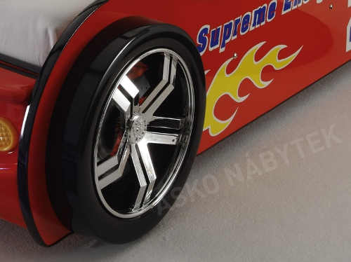 Postel autíčko realistická kola