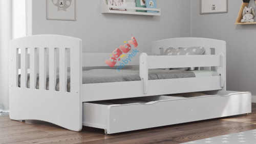 Univerzální bílá dětská postel s úložným prostorem