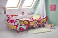 Dětská postel Cinderella v působivém provedení pro malé princezny