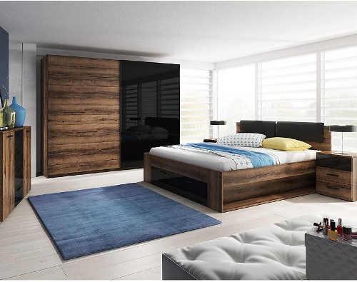 Manželská postel v moderním dekoru dub