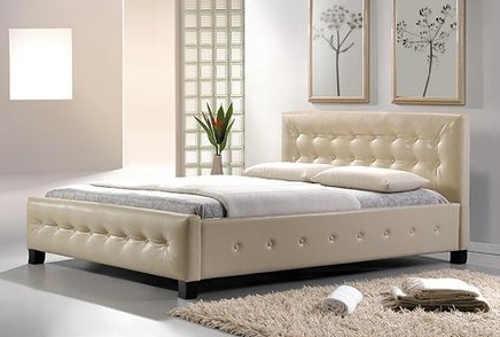 Moderní manželská postel z eko kůže s lamelovým roštem