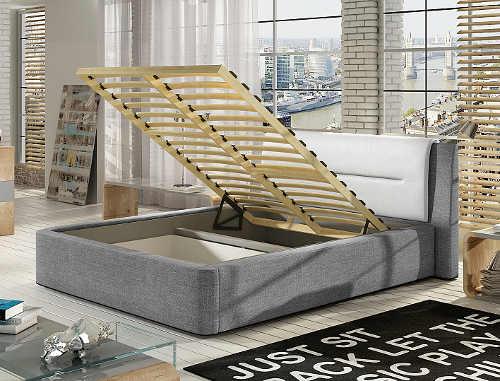 Prostorná čalouněná manželská postel s úložným místem