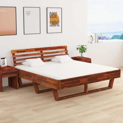 Manželská postel z akáciového dřeva v originálním designu