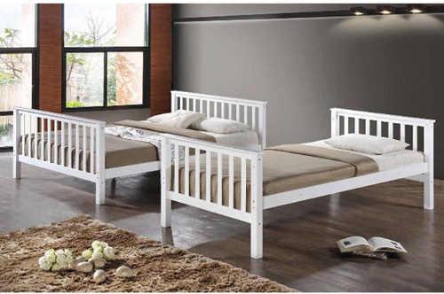 bílá patrová postel z masivu