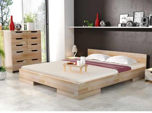 dvoulůžková postel z bukového dřeva