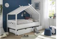 Dětská postel v univerzálním bílém provedení s nebesy