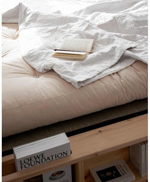 dvoulůžková postel masiv s roštem
