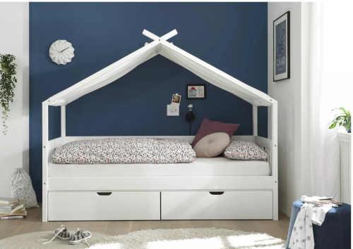 moderní dětská postel ve tvaru domečku