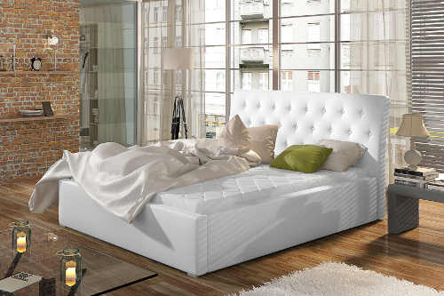 velká manželská čalouněná postel