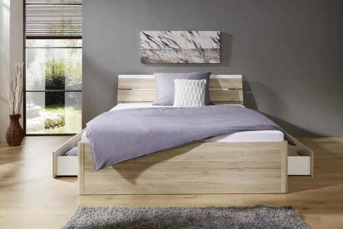 moderní futonová dvoulůžková postel