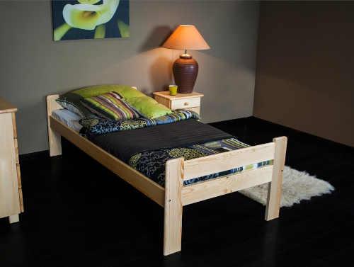 dřevěná klasická jednolůžková postel
