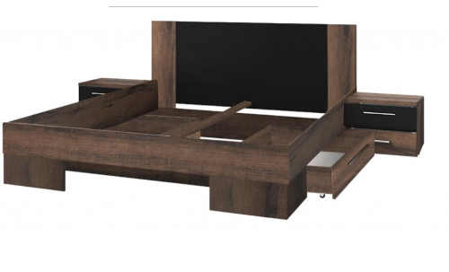 postel pro dva s nočními stolky