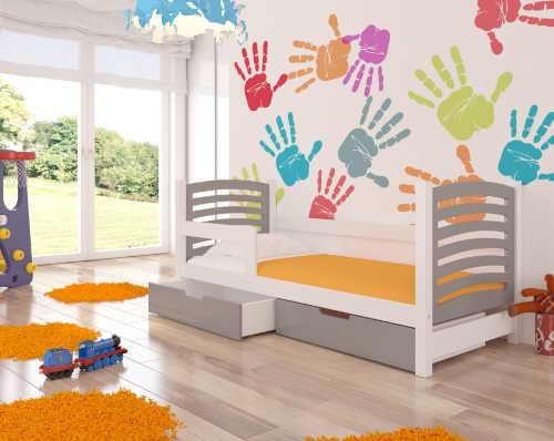 postel se zábranou a úložným místem