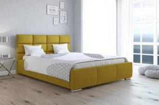 Čalouněná postel s roštem a velkým úložným prostorem