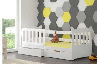 Dětská postel se zábranou a praktickým úložným místem