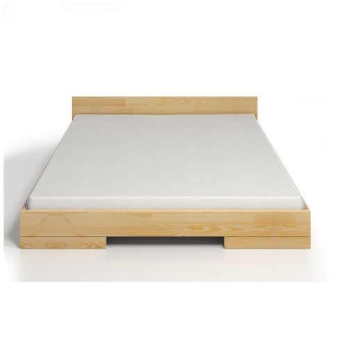 Dvoulůžková postel z borovicového dřeva v minimalistickém designu
